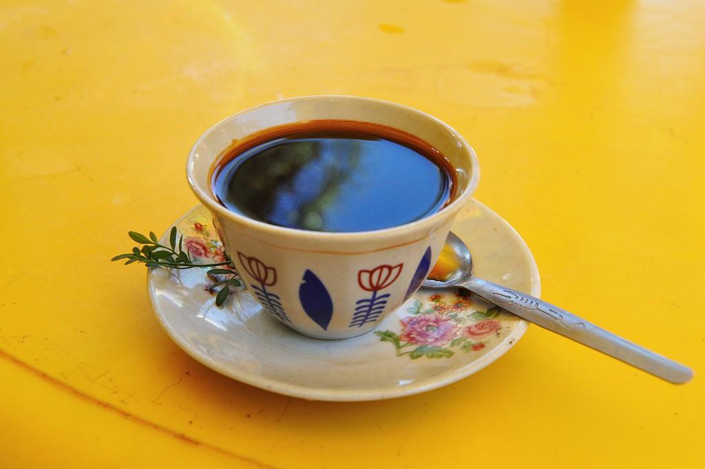 """Äthiopischer Kaffee mit dem süßlichen Gewürz """"Tena Adam"""""""